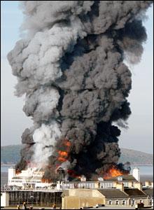 WsM Pier ablaze